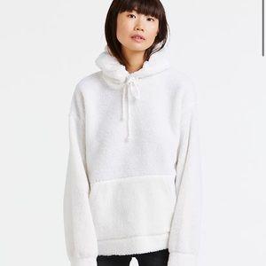 LEVI'S White Sherpa Hoodie